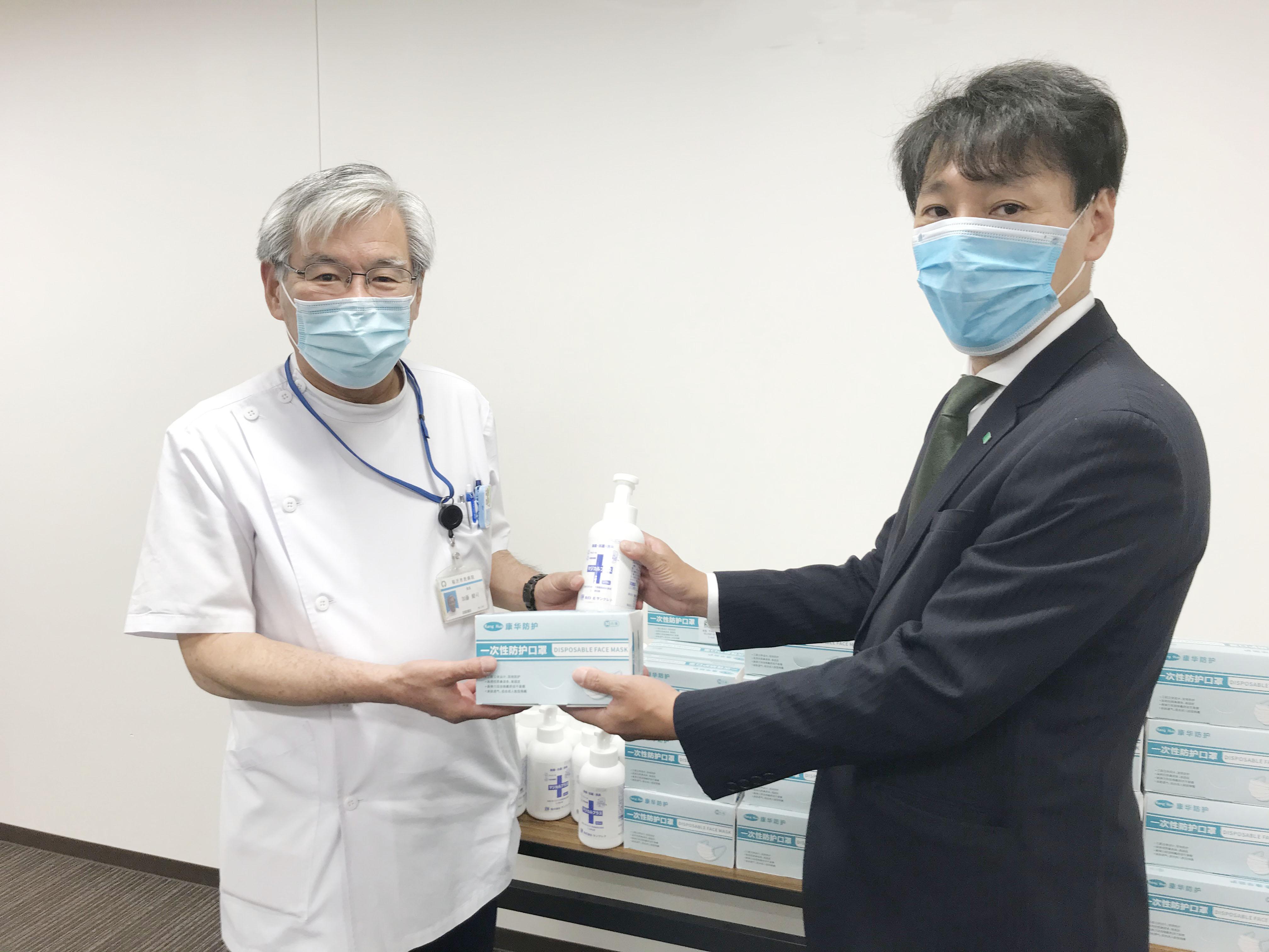 サンクレド株式会社さまのマスク、アルコール消毒液の寄付を頂いた画像です。